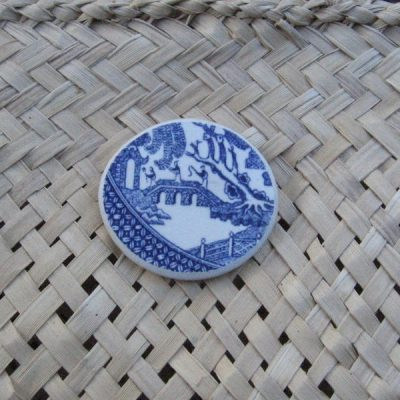 Recycled China Brooch - willow pattern china