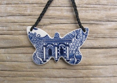 Recycled china carved butterfly pendant - Willow pattern