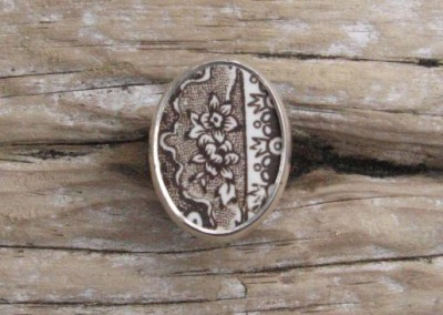 Recycled china set in sterling silver ring - Brown floral, Historic china
