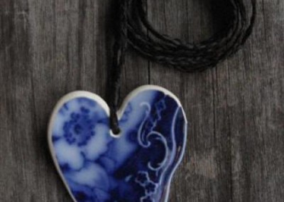 Recycled china heart pendant - Historic china from the 1800s 'Flow Blue'