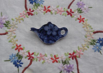 Recycled china carved teapot brooch - historic 1800s china