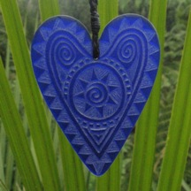 Engraved glass heart pendant - cobalt blue