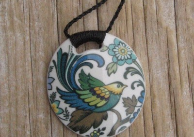 Recycled china round pendant - Royal Doulton 'Everglades'