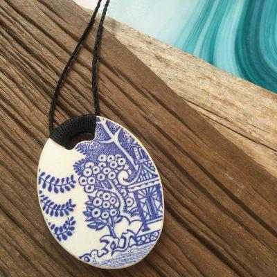 Crown Lynn recycled ceramic circle pendant Blue Willow Retro $58